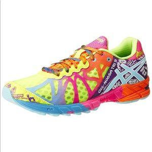 Women's GEL-Noosa Tri 9 running shoes size 8